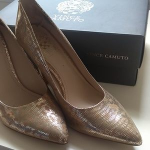 Gold Vince Camuto snake print shoes